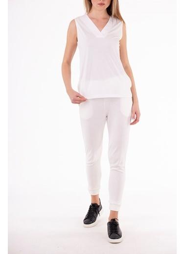 Stamina  Bayan V Yaka Kolsuz Bluz-5VS05 Beyaz